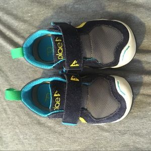 PLAE sneakers with Velcro strap only worn once!